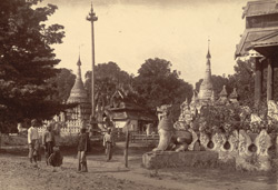 Group of Pagodas on the road, near the river, leading from the bottom of B road to the landing-place, [Mandalay]